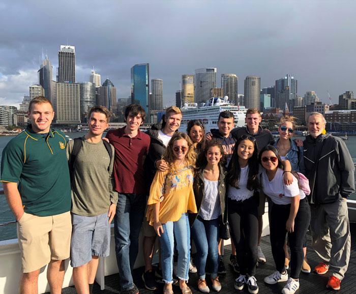 Group photo of 2018 SPM 300 members in Australia