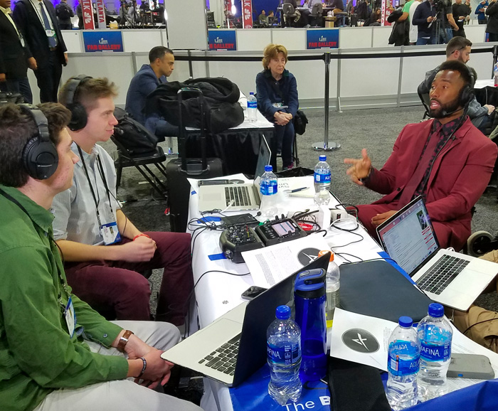 SU students interview former SU linebacker Cameron Lynch